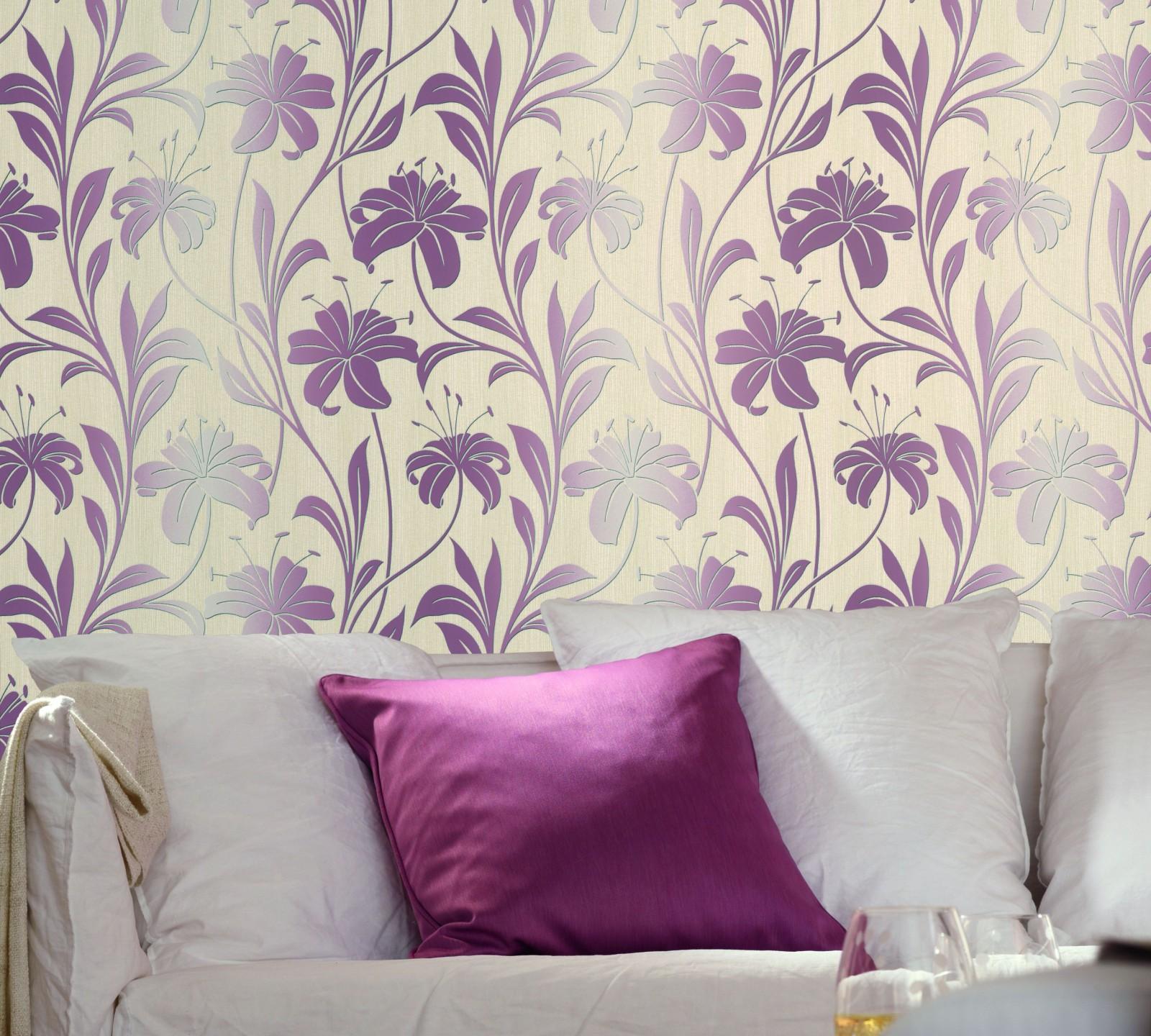 Keilrahmen Mit Tapeten Gestalten : Vliestapete Floral creme lila Marburg Da Milano 55118